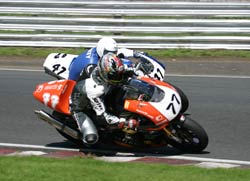 Lee & Les Liney dual it out at Oulton Park